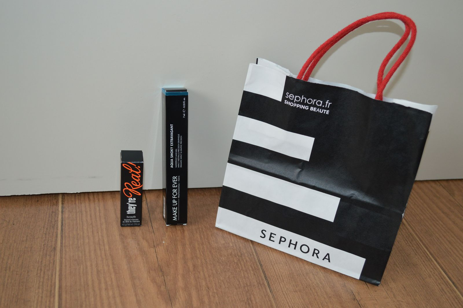 "PETIT OUBLIS ! SEPHORA: mascara miniature ""The're real !"" Benefit 10€_-Mascara ""Aqua smokey extravagent"" makeup forever 22€00"