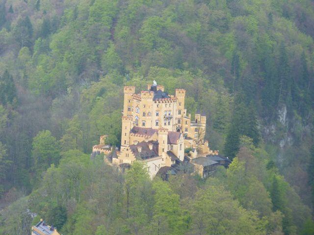Vue sur le château de Hohenschwangau.