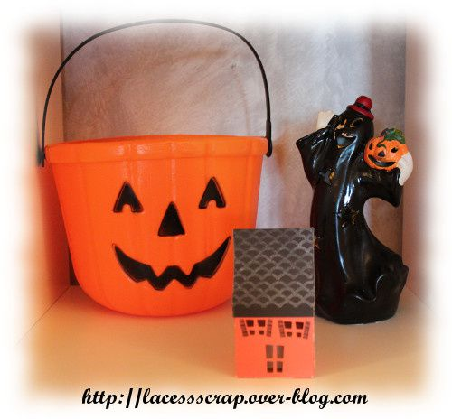 photophore maison pour halloween le blog de lacessscrap. Black Bedroom Furniture Sets. Home Design Ideas