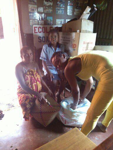distribution de riz de la bonne année