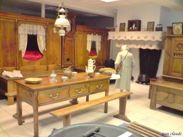 Le style particulier des anciens meubles bretons un - Style meubles anciens ...