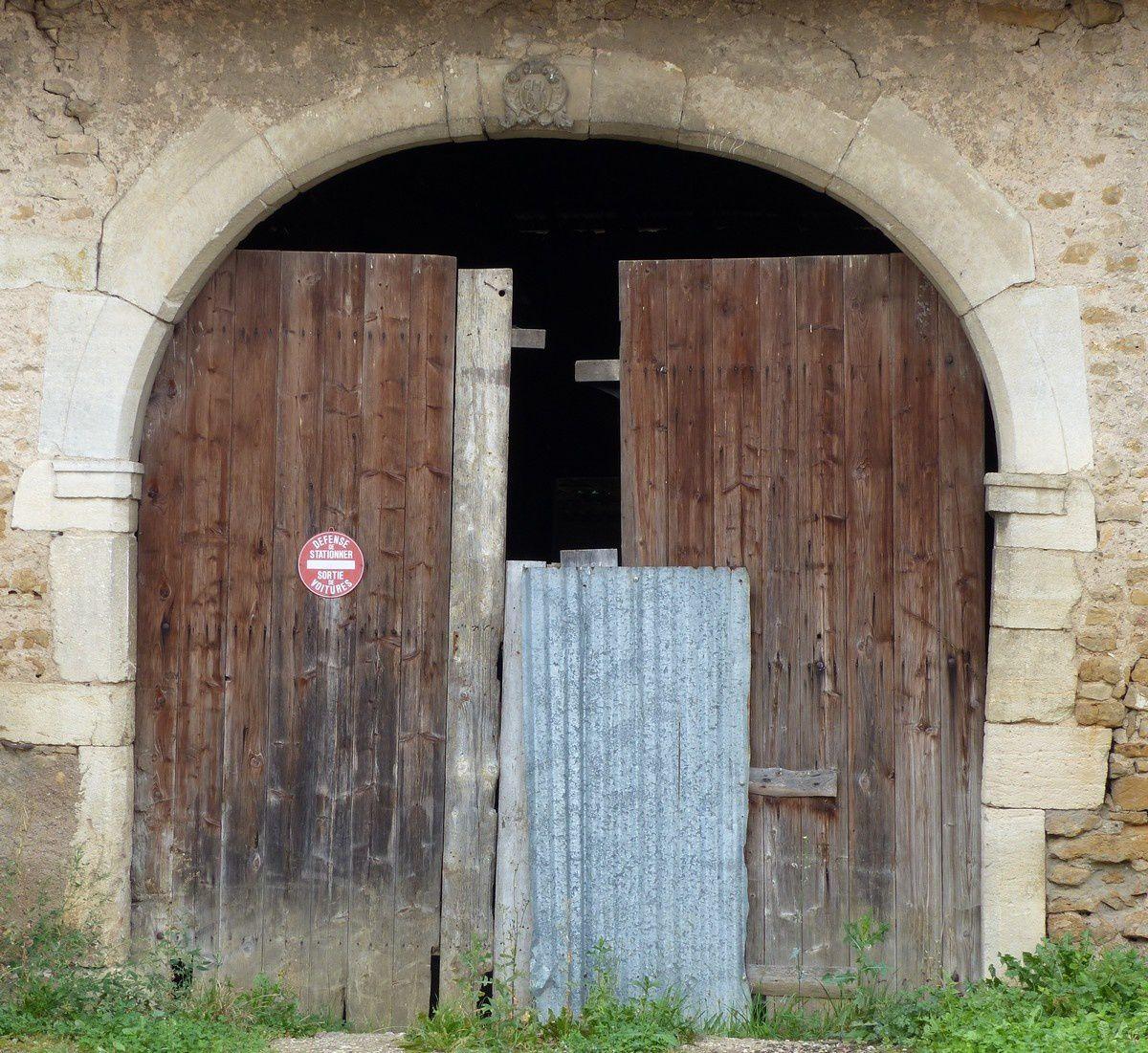Bouxières-aux-Chênes : portes et fenêtres
