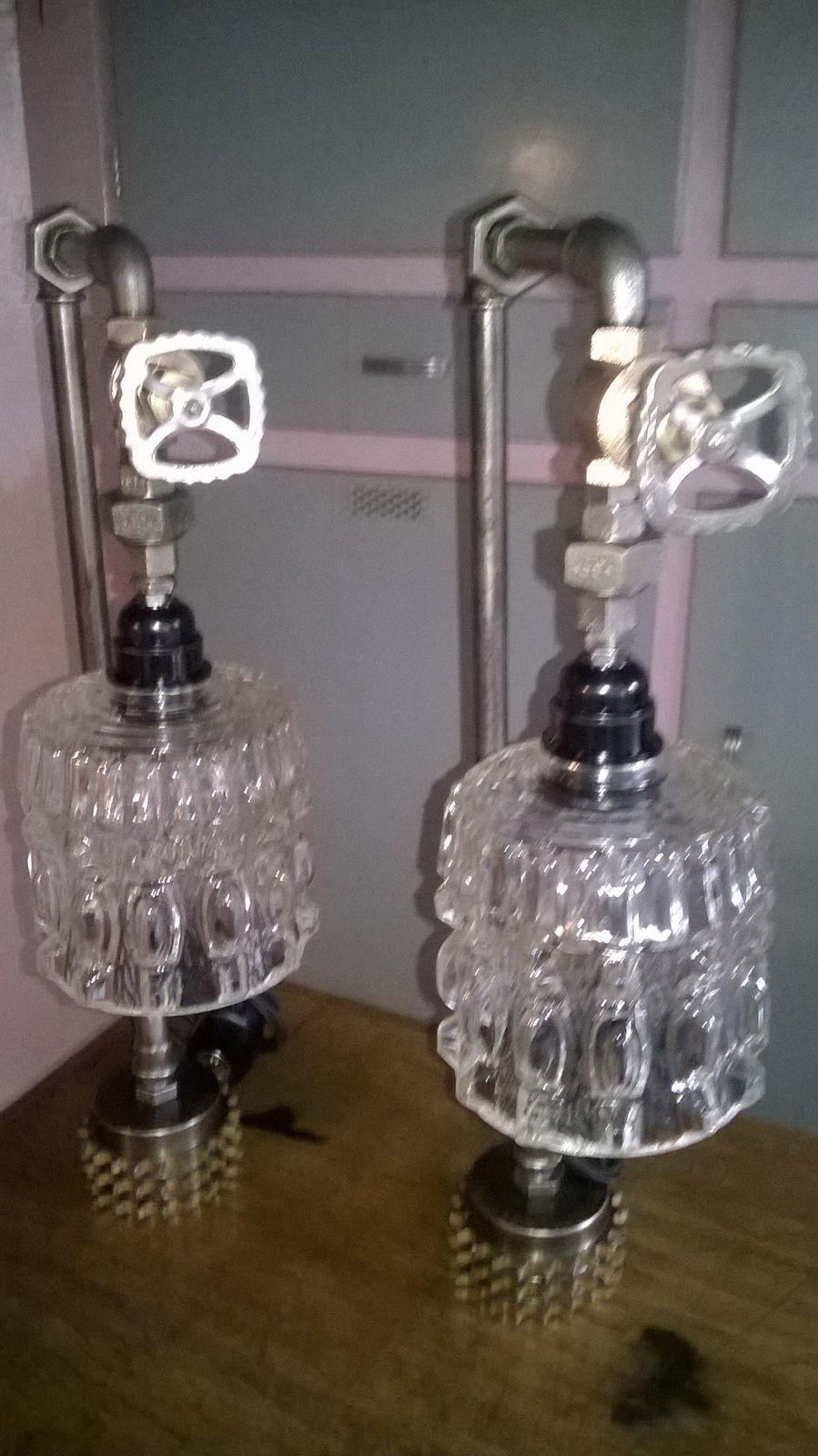 """Lampes """"Bis"""" ,ou quand les lampes se font jumelles . Ensemble ou séparément elles sont dans l'esprit du temps."""