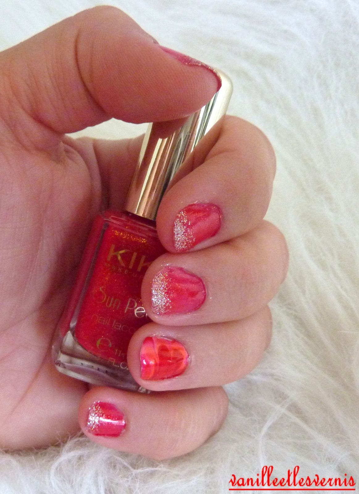 Red Water Marble pour Sandrine