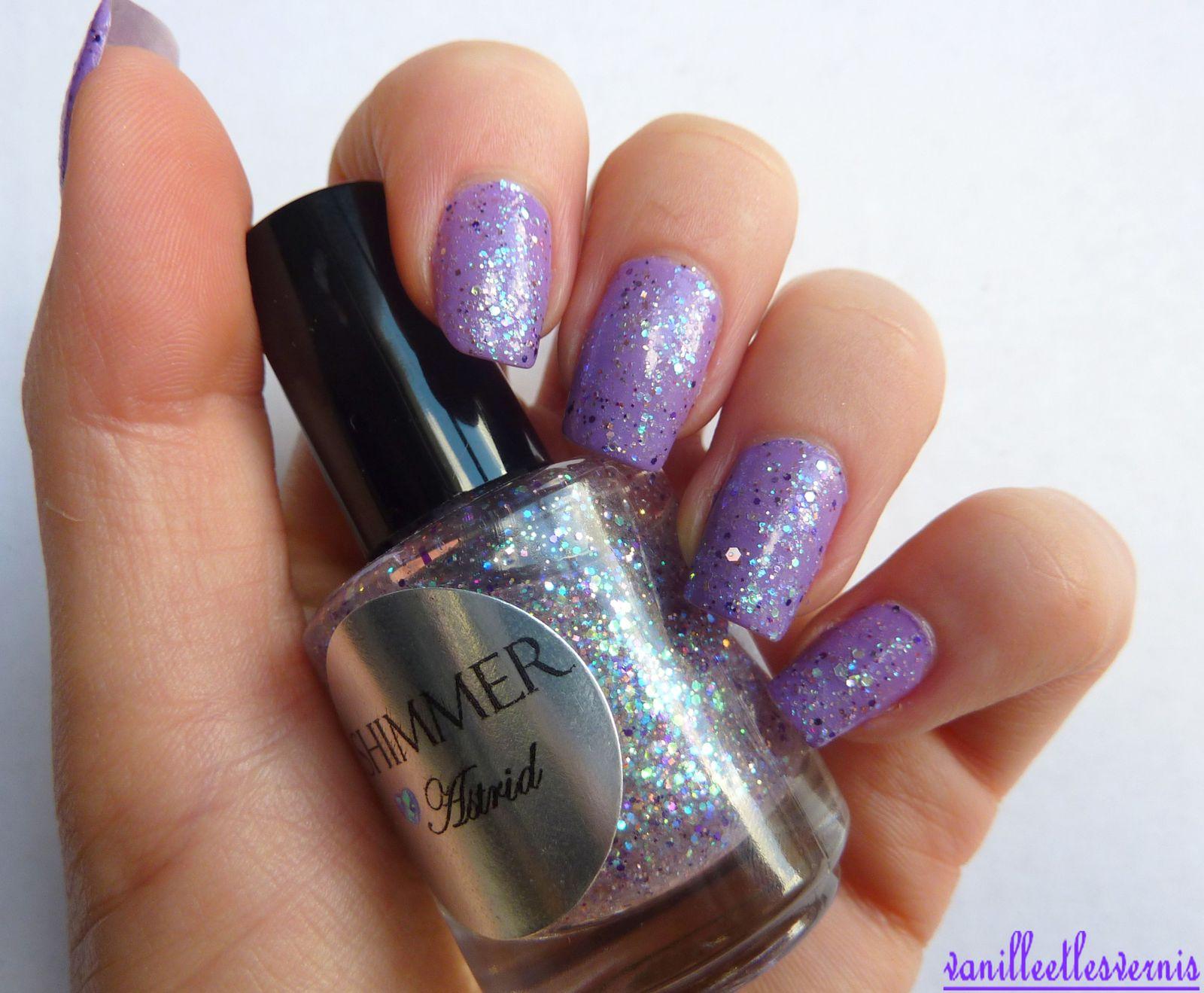 Shimmer Polish / Astrid