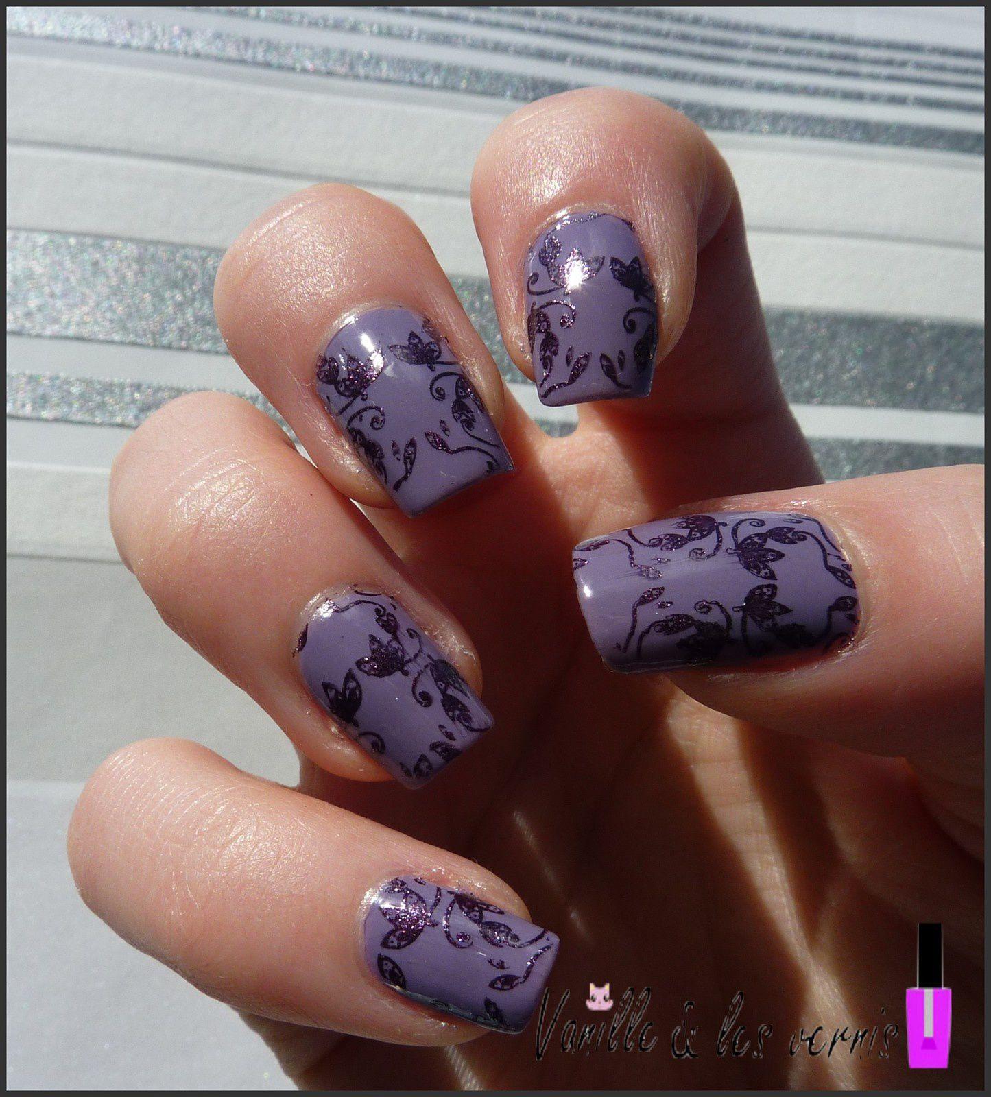 Arabesques fleuries (et violettes^^ &#x3B;)