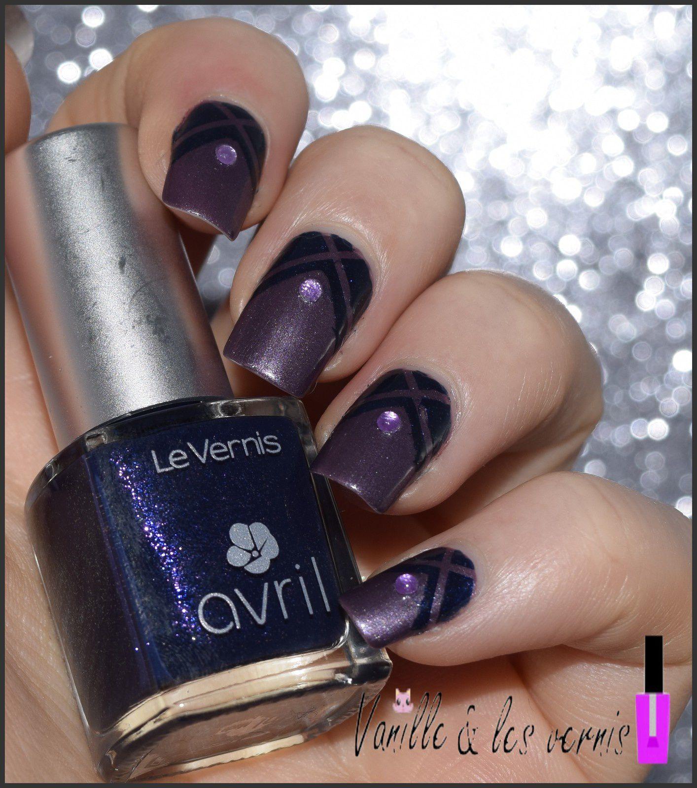 Nail Art graphique avec Avril