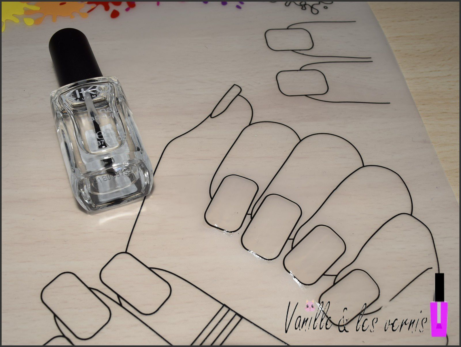 on pose le vernis transparent