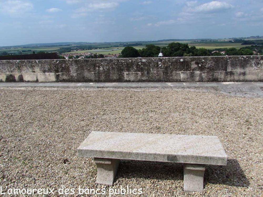 Terrasse du château d'Ecouen (Val d'Oise, Ile-de-France, France) le 6 juillet 2013