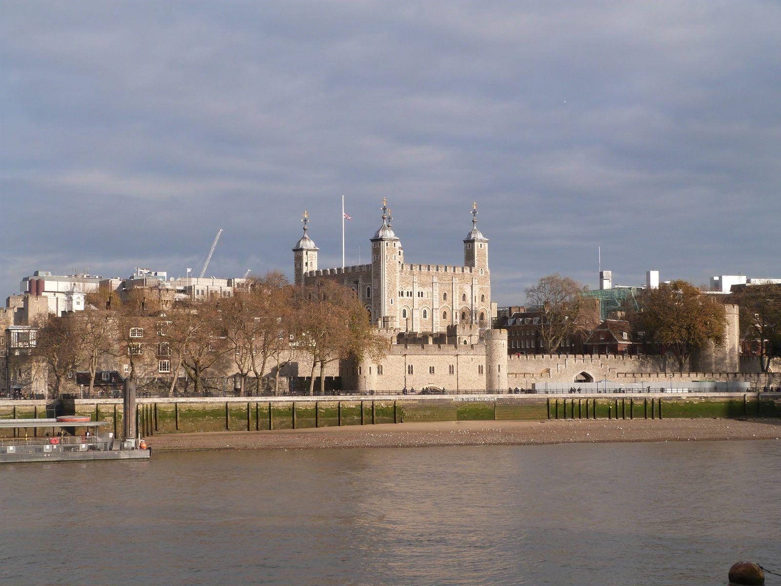 77- Londres, les détails : FIN !