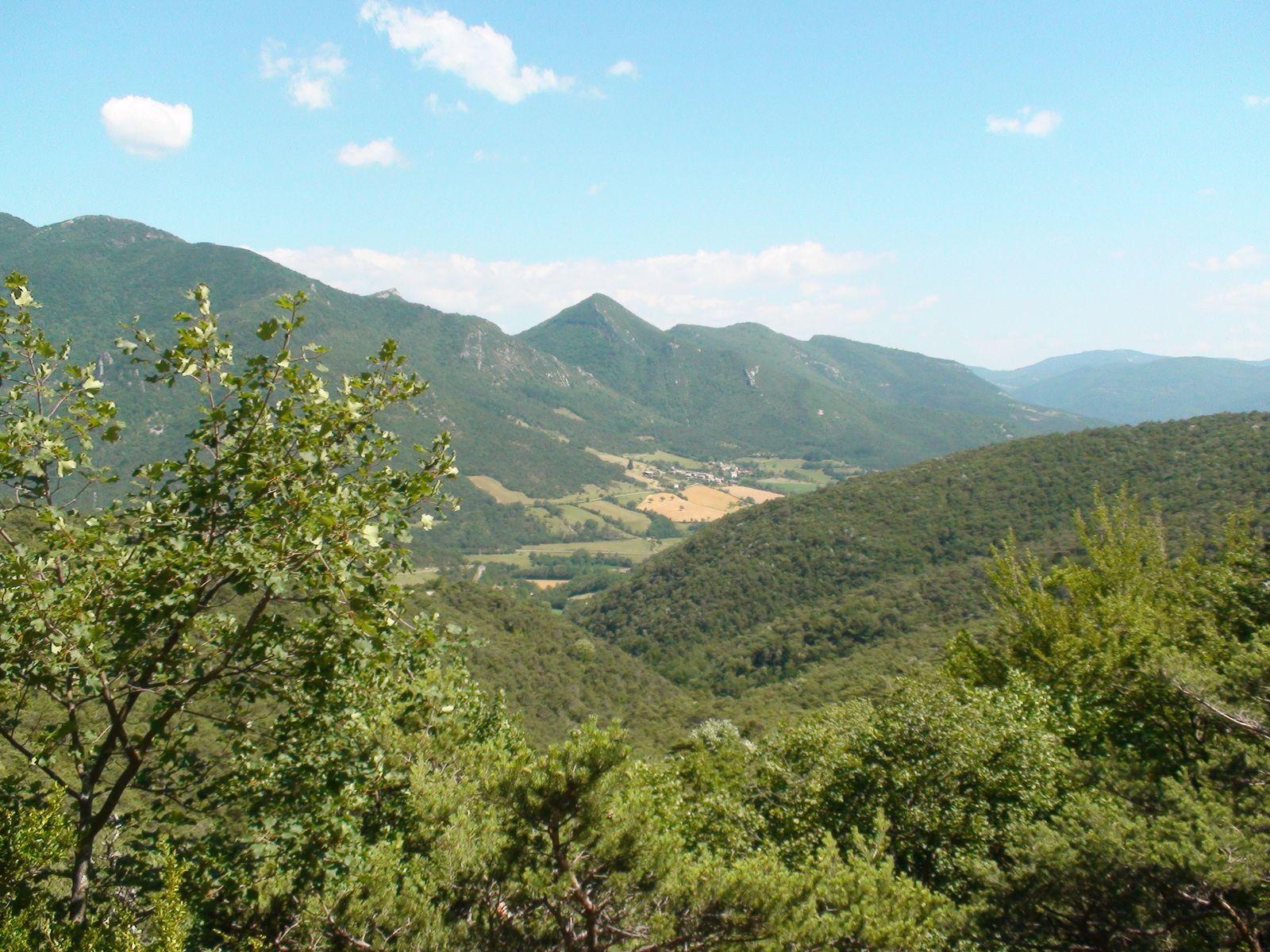 (c) V. Pennel - La Vallée de Quint.
