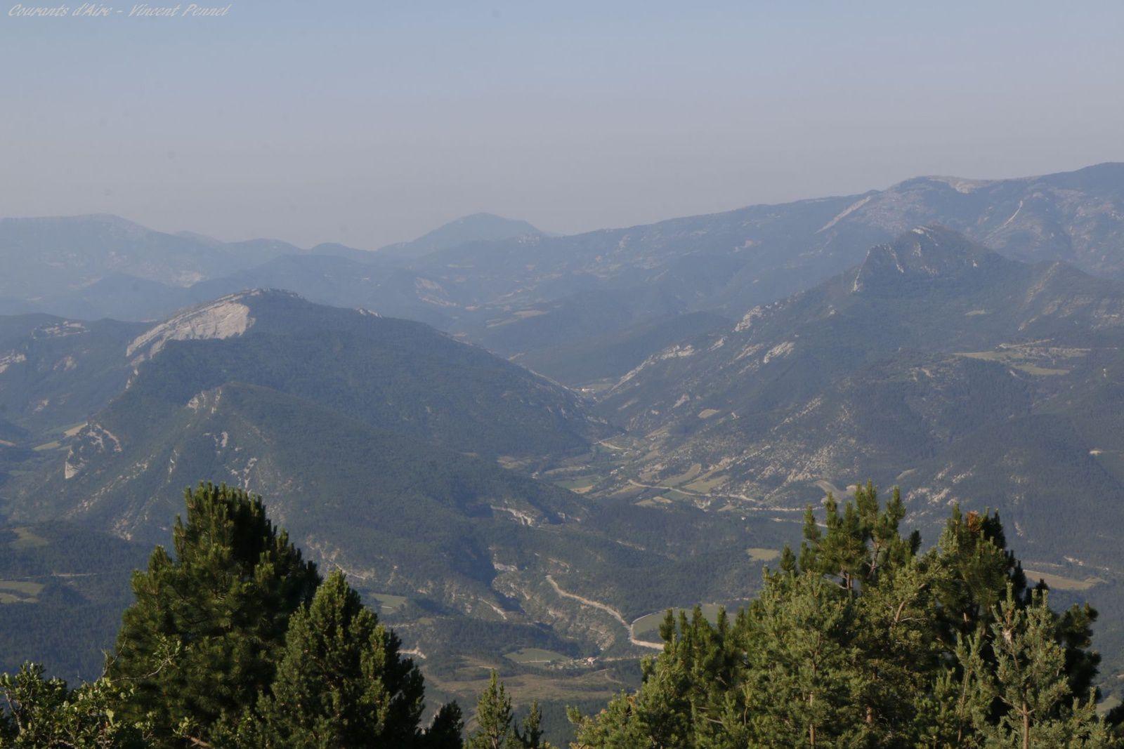 Le Parquet et Reychas au-dessus de Pradelles.