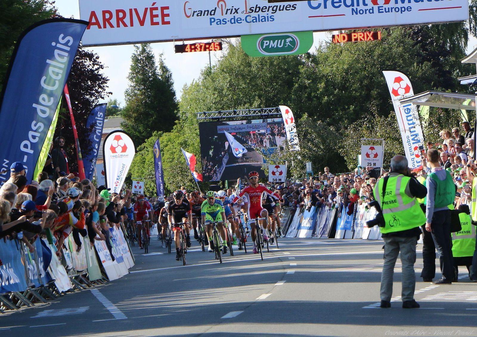 Le sprint victorieux de Nacer Bouhanni.