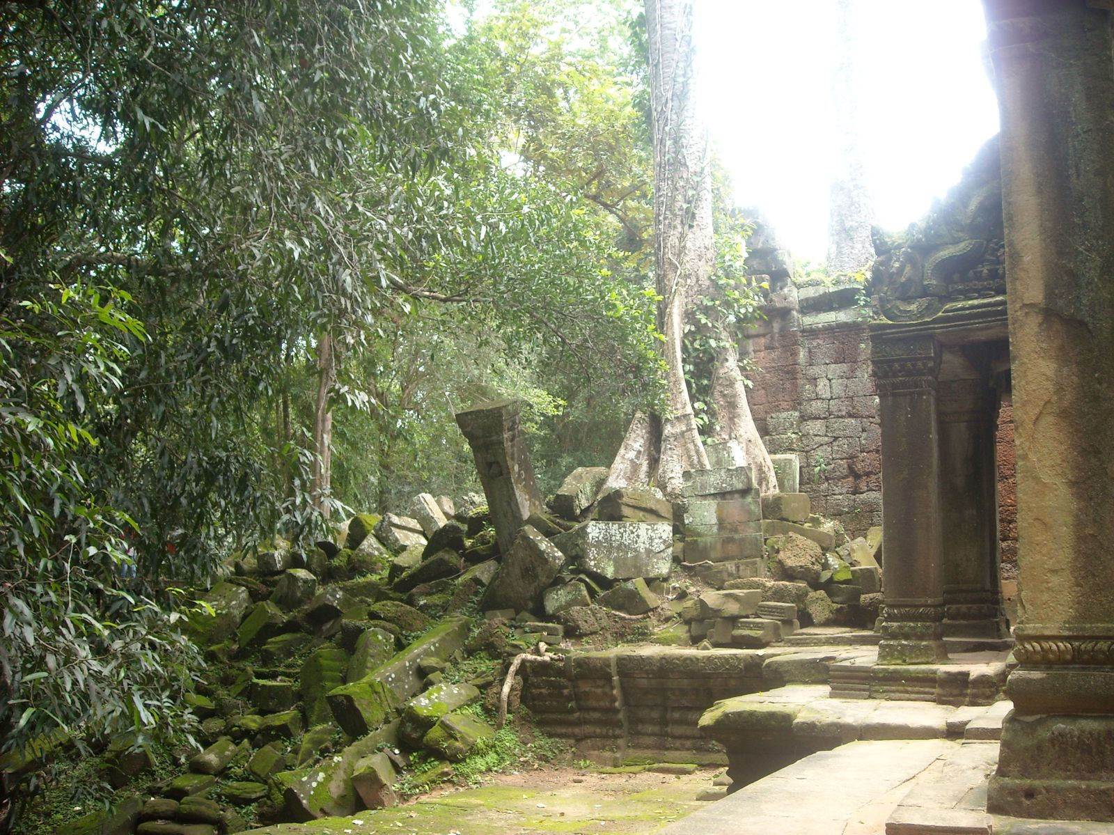Angkor (qui est quoi... telle est la question!!)