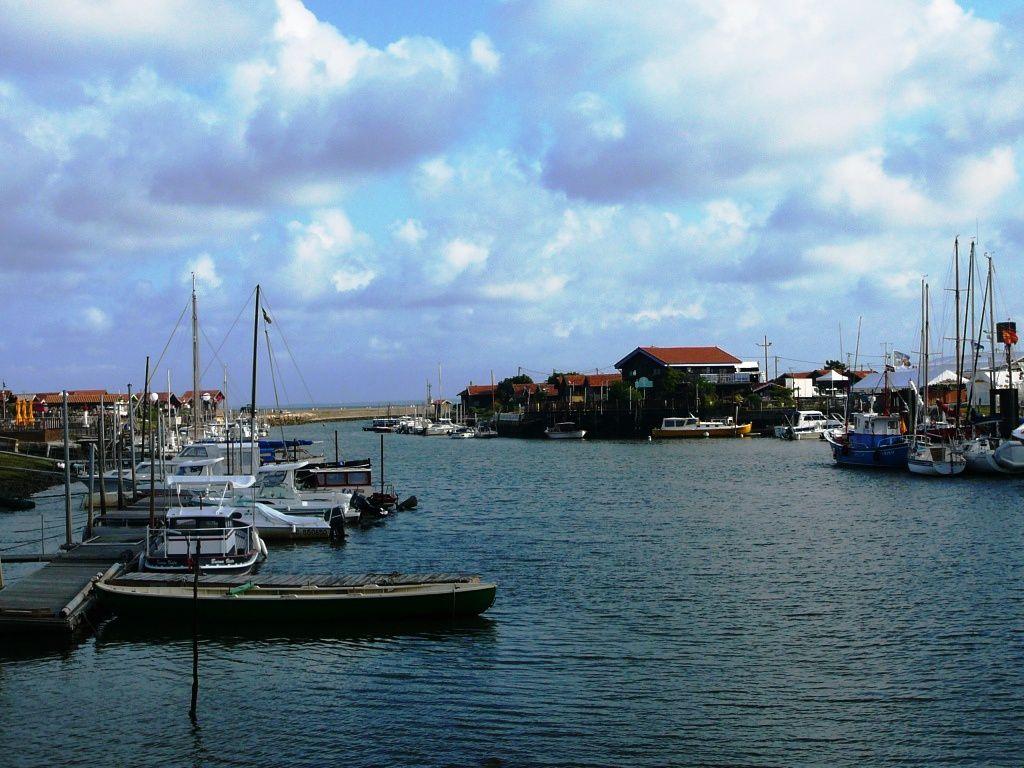 Le port de Larros à marée haute