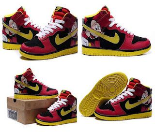 promo code 19ad3 17c41 Pursuing the personality maybe you can choose Mickey Mouse Nike Dunk High  Tops Pursuing ...