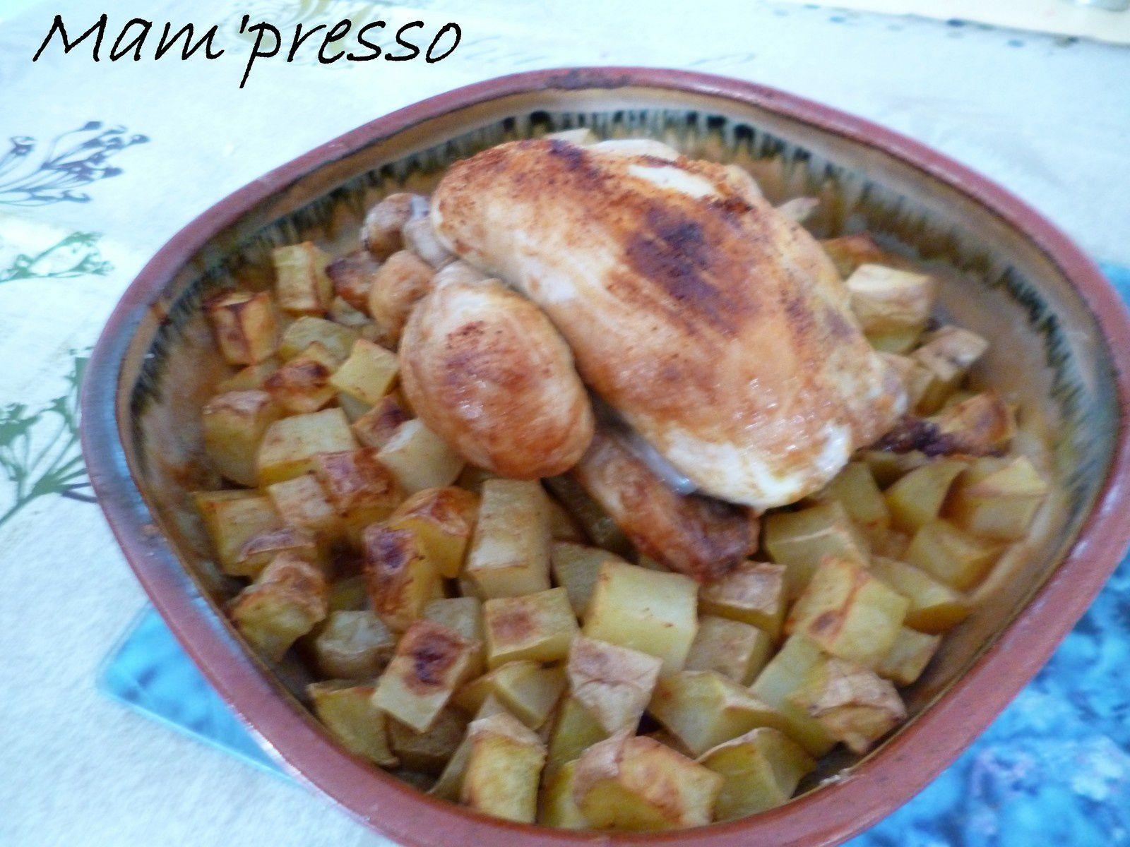 Coquelet rôti sur pommes de terre au four