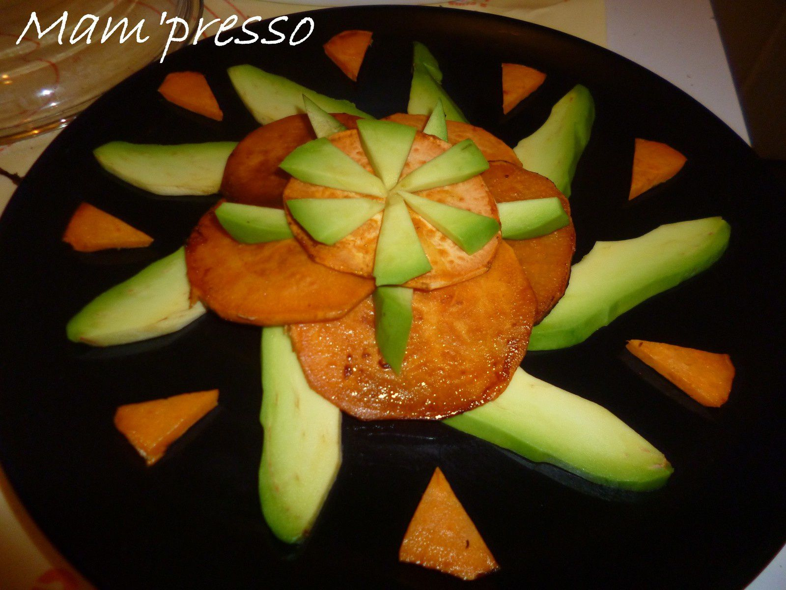 Duo de patate douce et avocat tropical