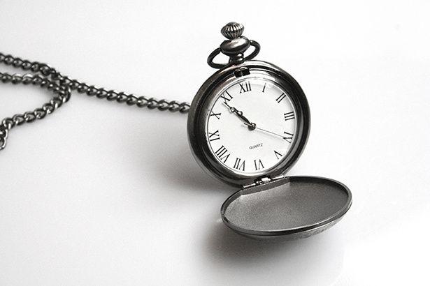 Ne sous-estimons pas le caractère précieux que peut nous offrir UNE MINUTE...