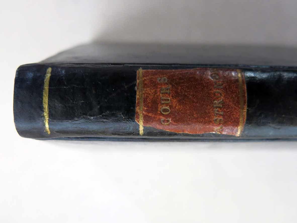 RESTAURATION D'UN LIVRE DE 1809 : COURS GASTRONOMIQUE OU LES DINERS DE MANANT-VILLE