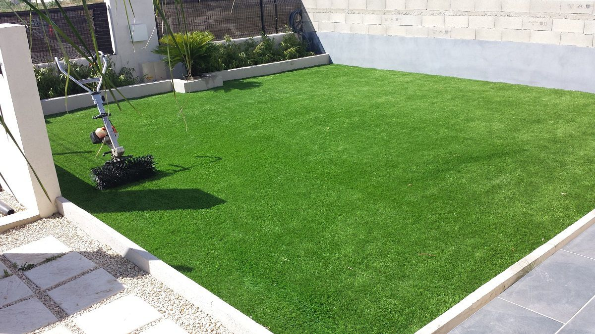 Pelouse synthetique - Terrasse avec gazon synthetique ...