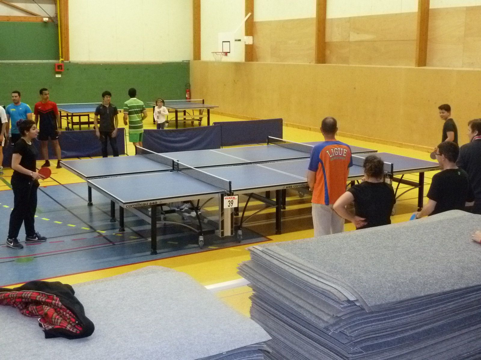 """loisirs/non licenciés, gymnase a la découverte du ping/sport de tables!/les"""" djs"""""""