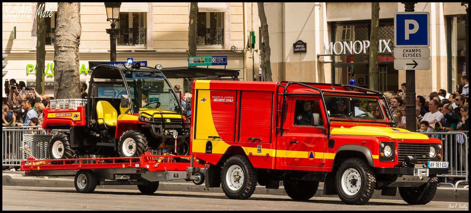 Défilé du 14 juillet 2015 à Paris. 1/2