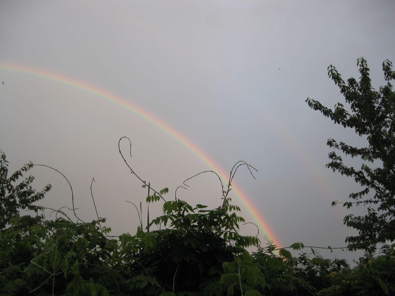arc en ciel au dessus de chez moi hier soir
