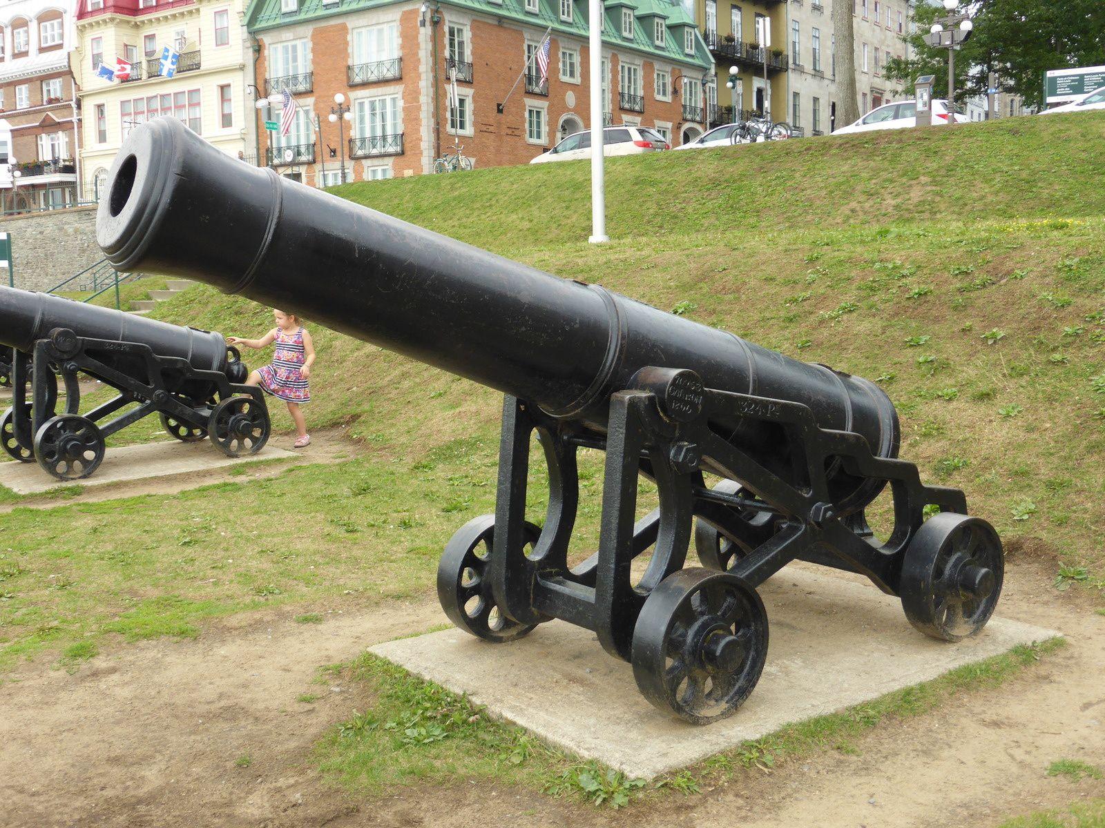 chateau Frontenac - la place d'armes