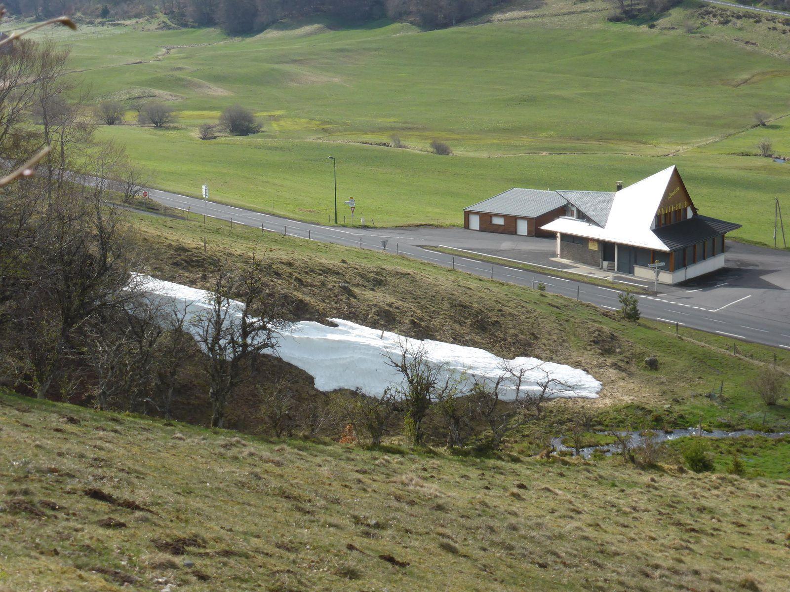 Balade en camping-car, Auvergne 4 - Le lac Pavin