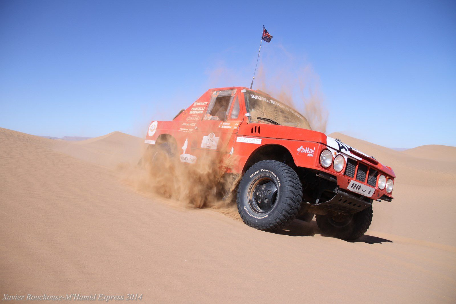 De beaux véhicules à la location sur le Morocco Sand Express notre nouveau rallye raid du 11 au 17 octobre 2014