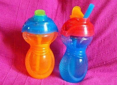 Les filles ont testées les tasses paille à rabat (ou gourde) Munchkin