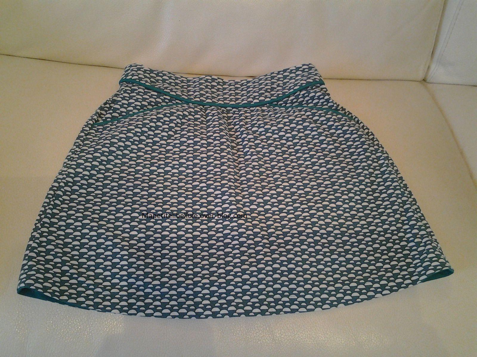 Jupe MINI PERLE d'après le patron d'Ivanne S tissu  coton provenant de Mondial Tissu
