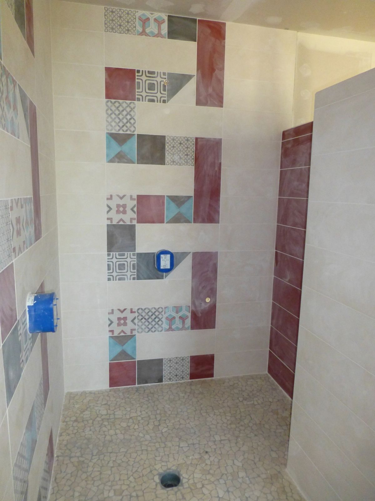 Pose fa ence de la salle de bain - Pose faience salle de bain ...