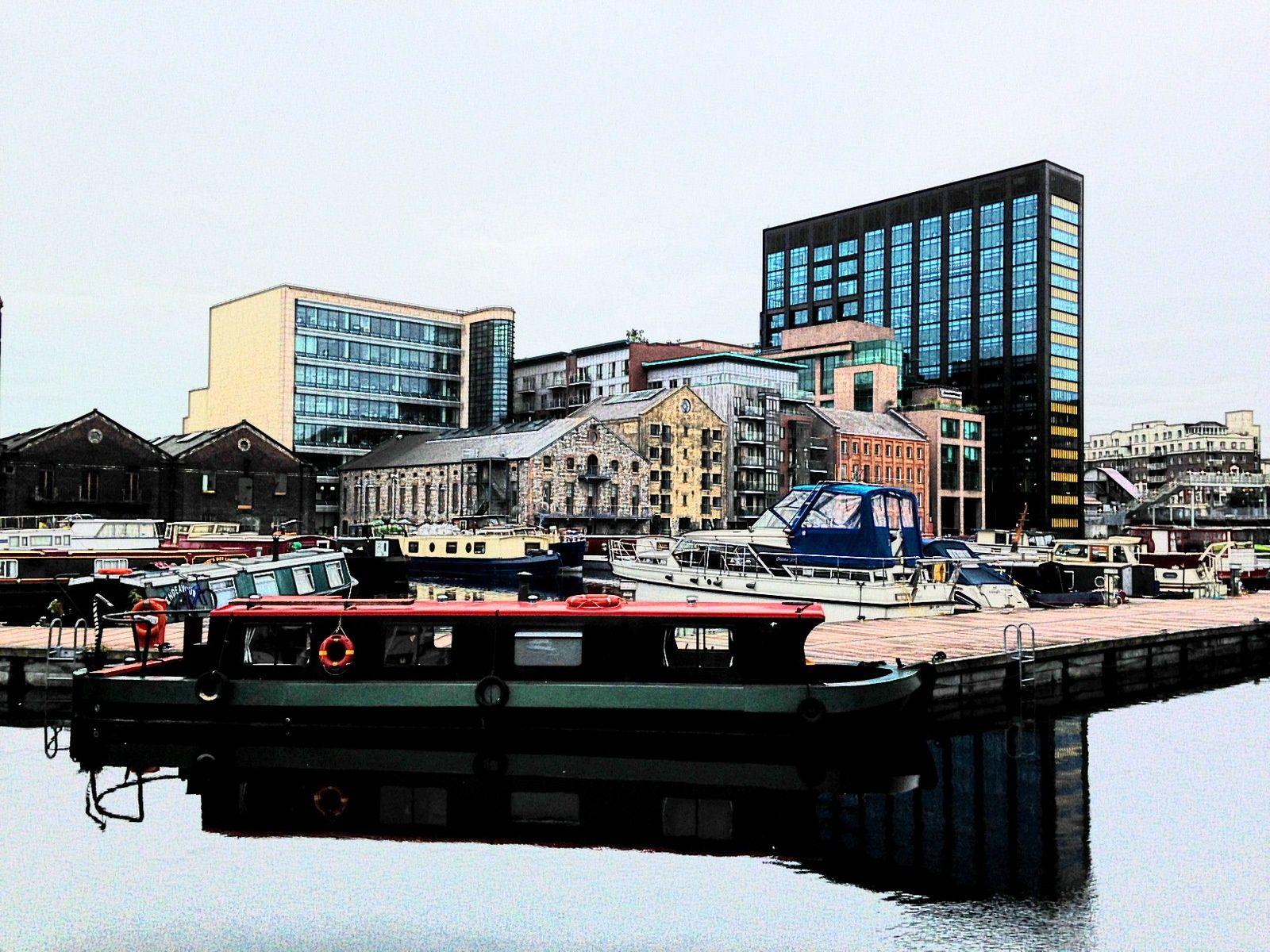 Sur les docks de Dublin
