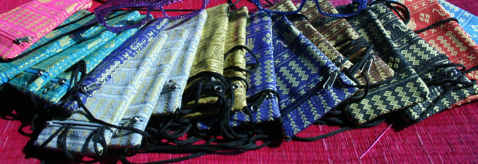 Un large choix d'artisanat , en provenance du Cambodge, vous sera proposé !