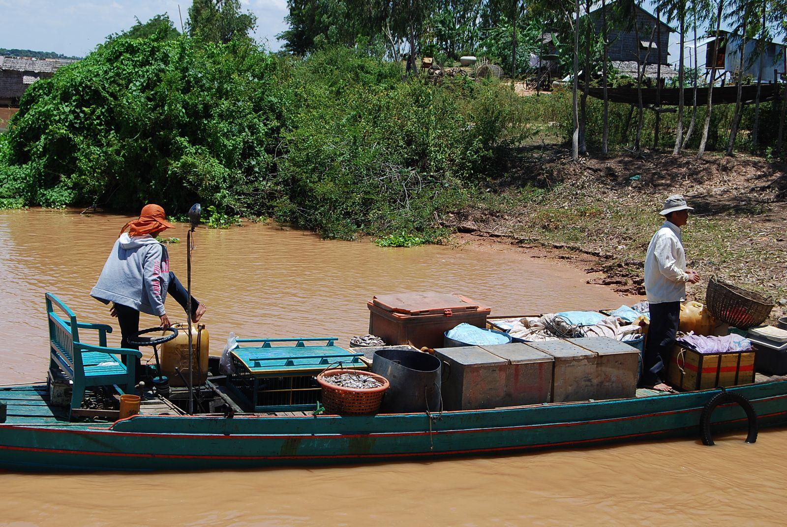 Vous ne connaissez pas encore le Cambodge ? ...alors, il vient à vous !