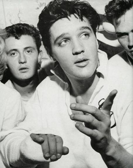 Photos rares Elvis Presley jeune