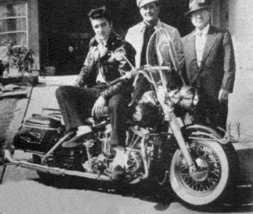 Elvis Presley et les Harley Davidson