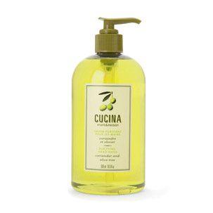 Le savon Cucina à l'huile d'olive saura protéger vos mains des agressions du lavage des mains! (En vente au Fruits et Passion)