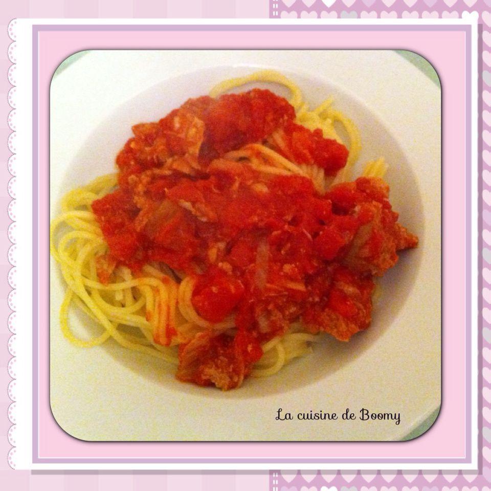 spaghetti sauce au thon ww la cuisine de boomy. Black Bedroom Furniture Sets. Home Design Ideas