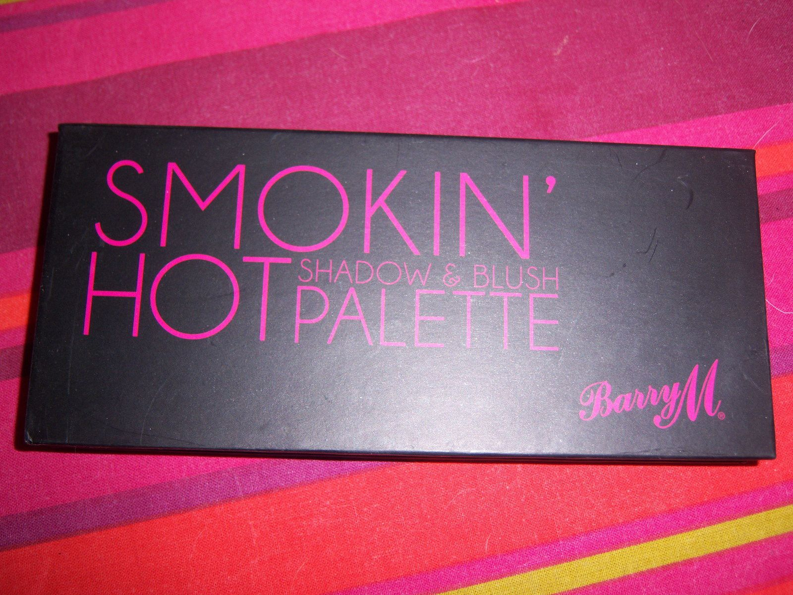 MA PALETTE SMOKY HOT de chez BARRY M