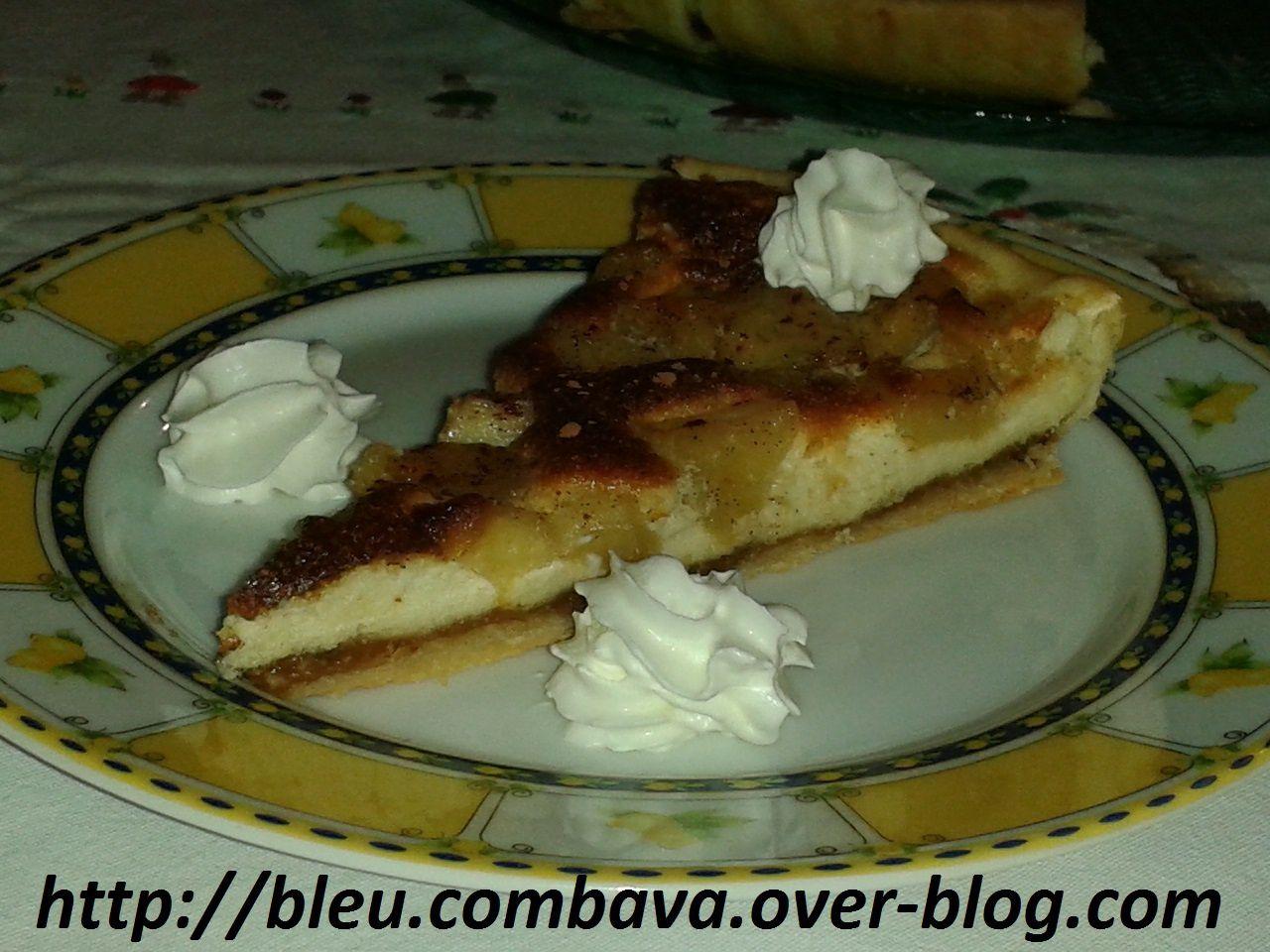 Tarte Soufflée aux Pommes Caramélisées à la Vanille Bourbon sur lit de Pâte de Spéculoos