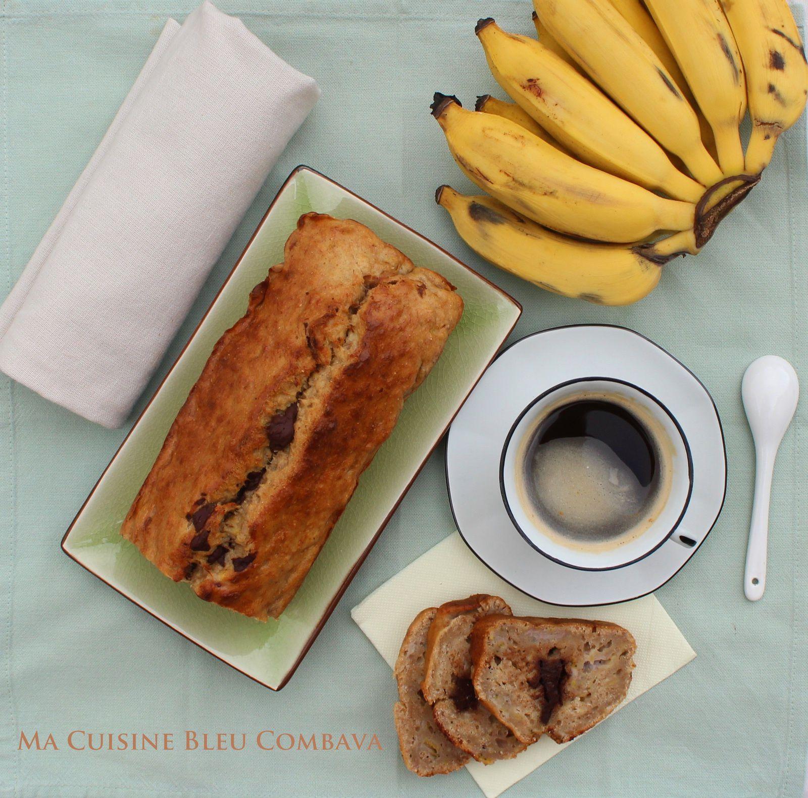 Gâteau Banane au chocolat blanc et Amande amère, sans beurre ni sucre ajoutés, sans lactose
