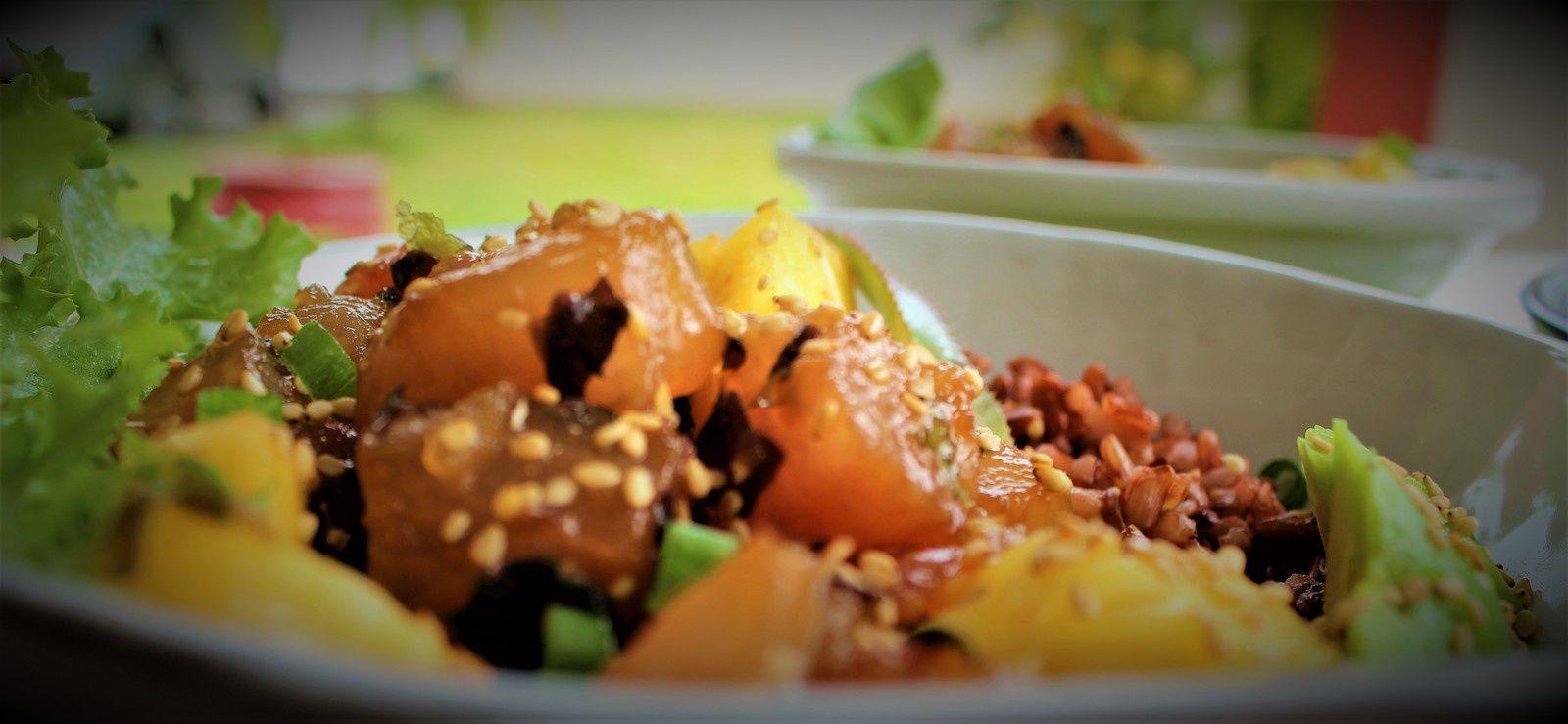 Poke Bowls Thon, Ananas, Avocat et Nori - Hawaï