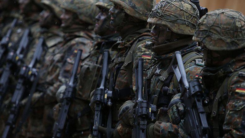 © Michaela Rehle Source: Reuters Des hommes de l'armée allemande