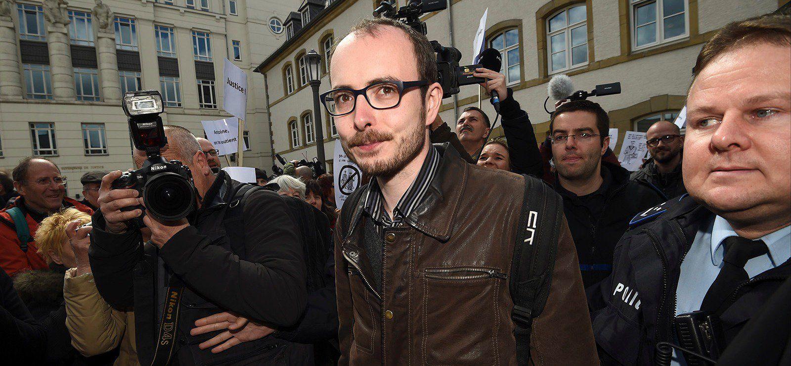 Michel Soudais @msoudais 10 hil y a 10 heures  Procès #Luxleaks : Pourquoi la condamnation des lanceurs d'alerte est scandaleuse http://goo.gl/AXxRVk  Politis, Attac France, UGICT - CGT et Oxfam France
