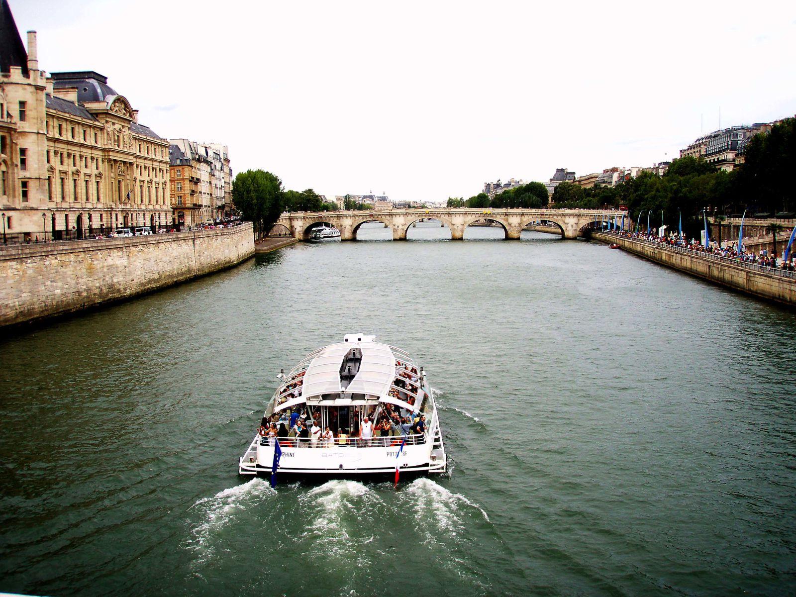 &quot&#x3B;Ensemble à Paris&quot&#x3B;