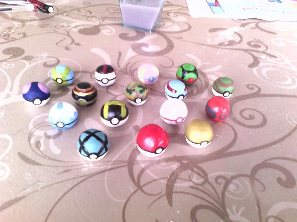 activité enfants: fabriquer des pokeballs