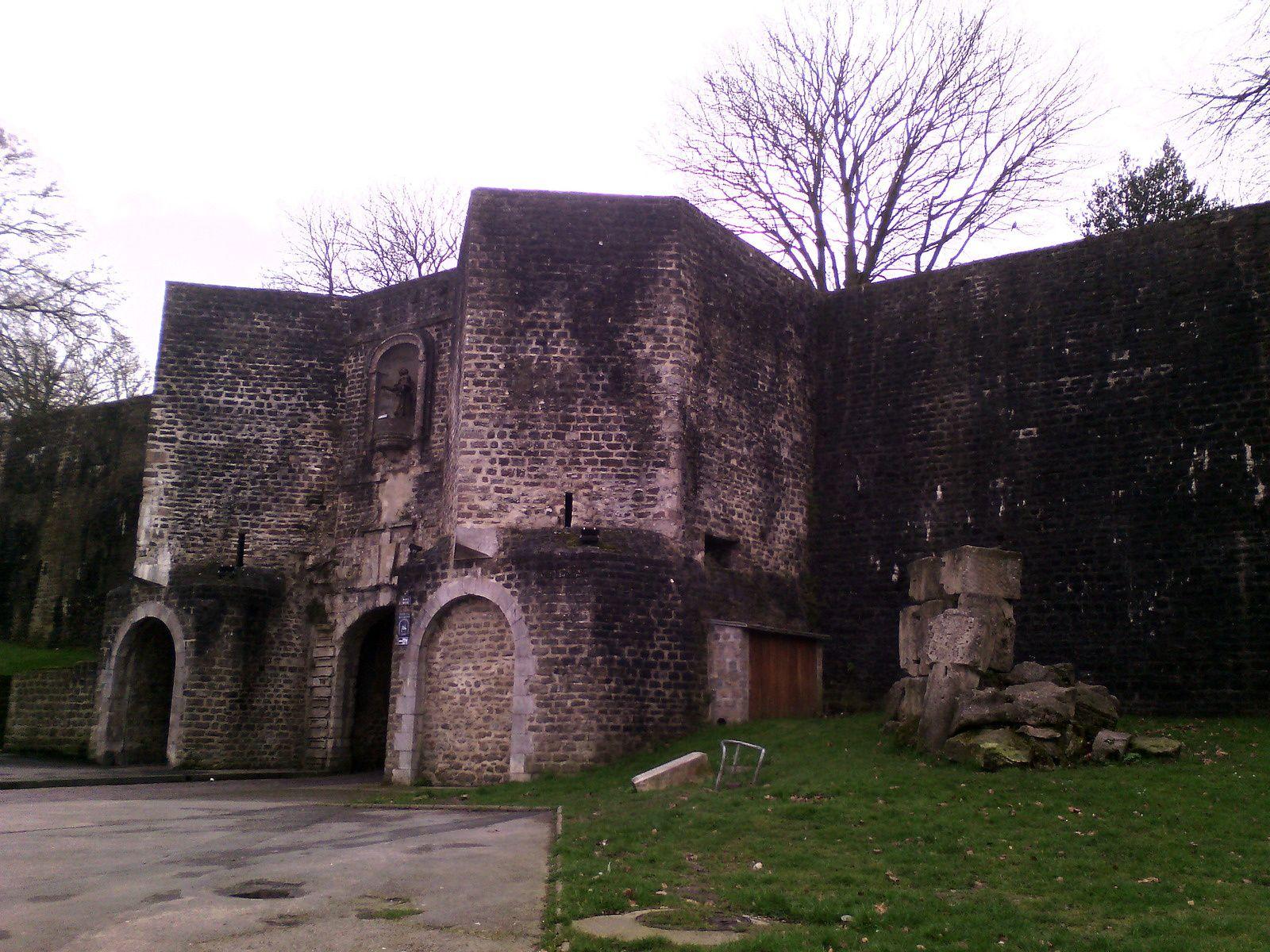 Petites vues des remparts de Boulogne